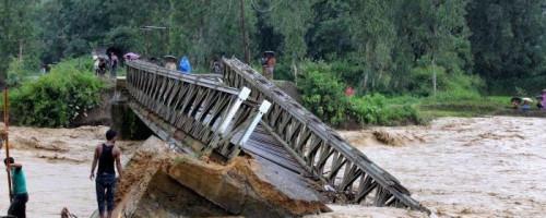 Myanmar afectada por inundaciones y desplazamientos de tierra.