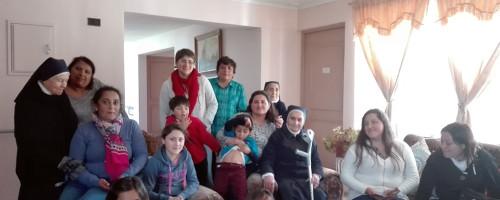 Ex alumnas visitan a Hna. María Carmona
