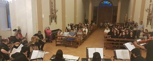 Coro y Ensamble campus San Felipe brindaron su tradicional concierto de fin de año.